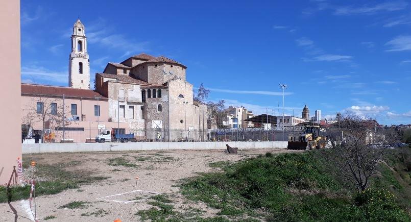 S'inicien les obres d'ampliació del pati de l'Escola Enxaneta