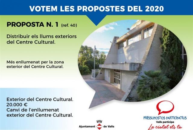 Distribuir els llums exteriors del Centre Cultural
