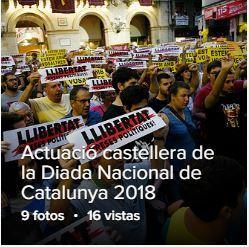 Valls celebra la Diada Nacional de Catalunya amb el cant dels Segadors i l'actuació castellera